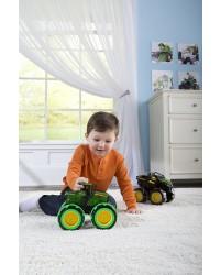 TOMY JOHN DEERE traktor monster treads Med lys i hjulene-00