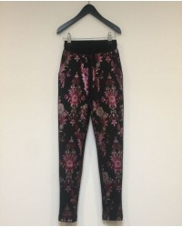 PETIT BY SOFIE SCHNOOR Sweatpants med blomsterprint sort-00